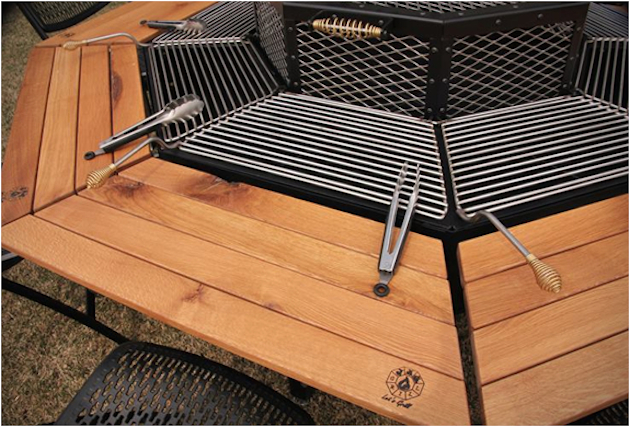 jag grill bbq tisch smokey cats magazine fashion beauty lifestyle tech business. Black Bedroom Furniture Sets. Home Design Ideas